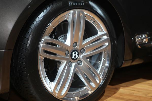 Bentley - 2010 NYIAS
