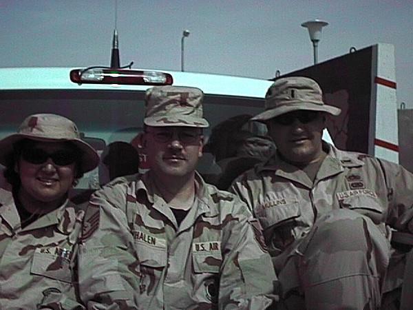 Dan Teresa Lt Mullins AEF 2002.JPG