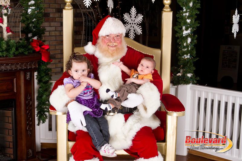 Santa Dec 8-252.jpg
