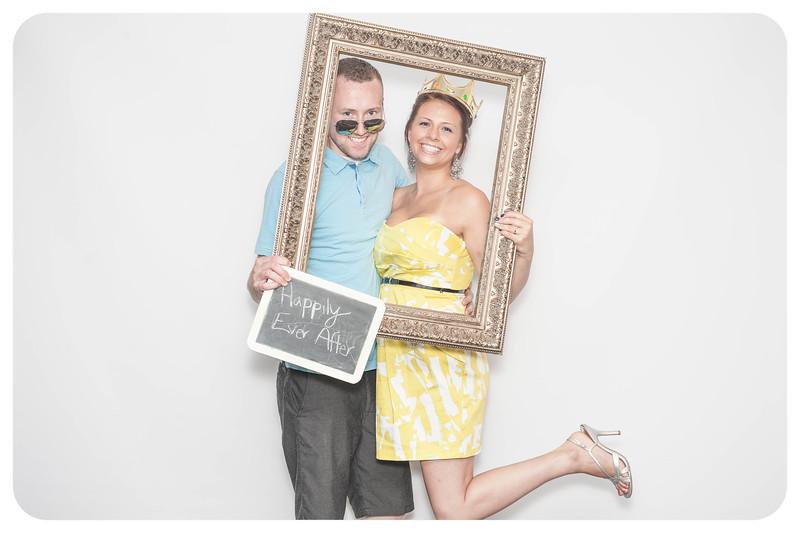 Laura+Ross-Wedding-Photobooth-072.jpg