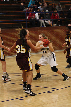 9TH GIRLS VS CLINTON 1/30/14