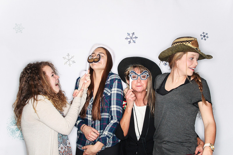 Ayuda and Auxillio Christmas Party 2015-Photo Booth Rental-SocialLightPhoto.com-134.jpg