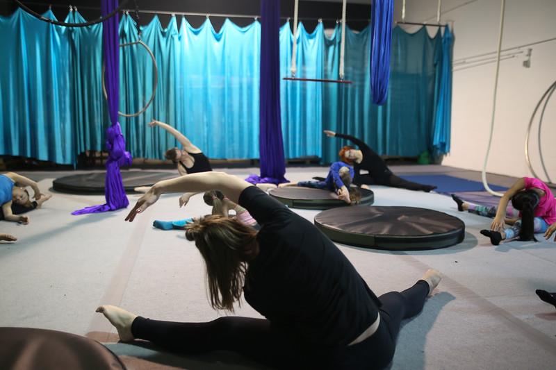 Cirque Wonderland-12.jpg