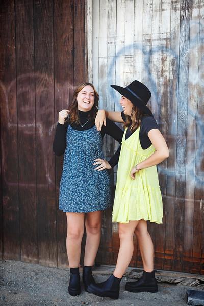 Ella & Hannah
