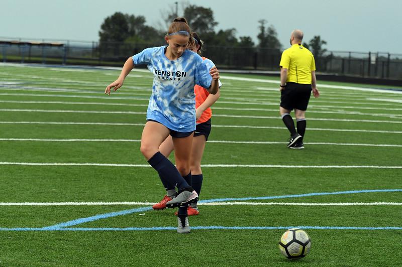 girls_soccer_2278.jpg