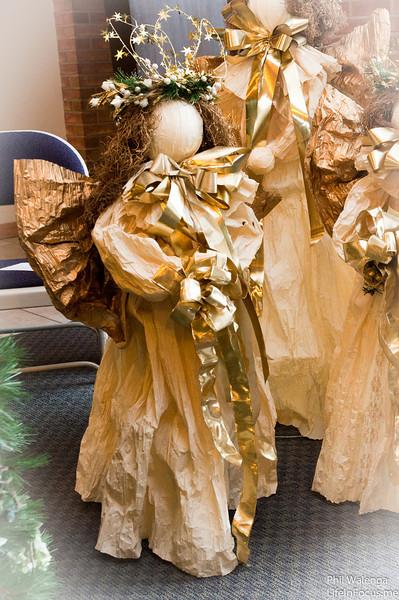 20121217 KofC Christmas Tree Setup-6284.jpg