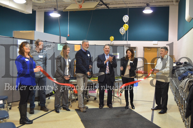 The Lighthouse Foundation board members cut a ribbon Nov. 15 at the official welcoming event for the new facility located in Valencia. Photos from Alexandria Mansfield