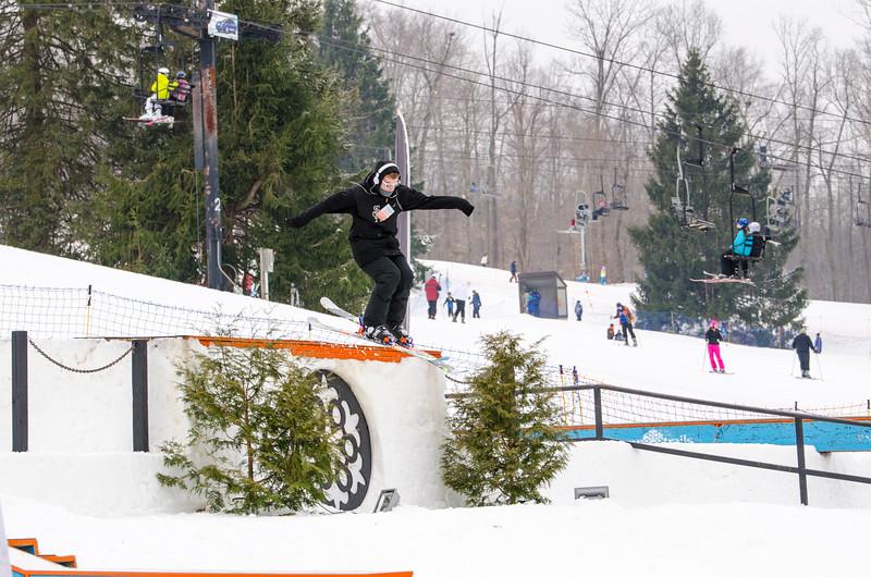 Snow-Trails_Mid-Season-2015-SpFeat-46.jpg