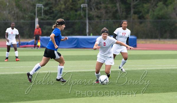 140917 SWOCC Women Soccer vs Rogue CC