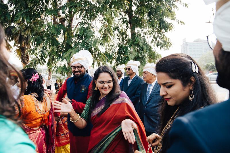 Poojan + Aneri - Wedding Day EOSR Card 1-0789.jpg