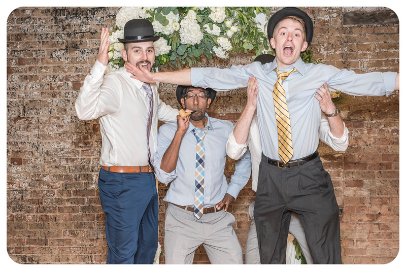 Laren&Bob-Wedding-Photobooth-259.jpg