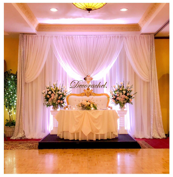 Backdrop with loveseat throne