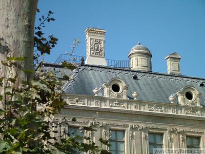 Paris 2005: Outside the Louvre