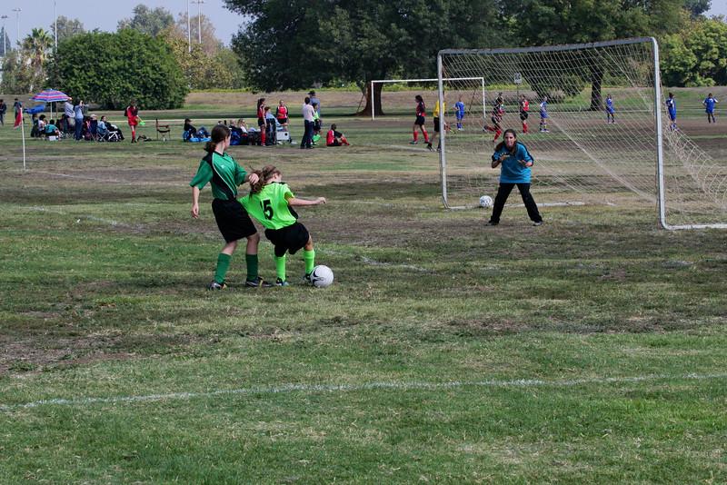 Soccer2011-09-17 11-24-29_2.JPG