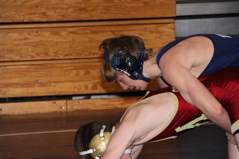 Middle School Wrestling Jan 22, 2011 017.JPG