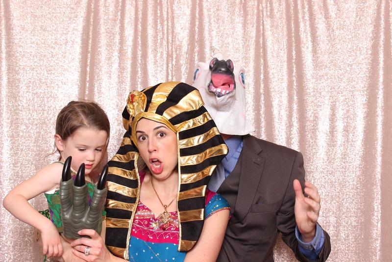 Boothie-PhotoboothRental-PriyaAbe-O-24.jpg