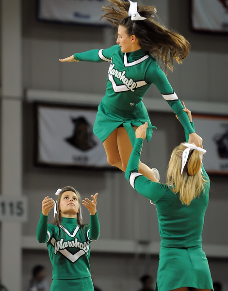 cheerleaders9663.jpg