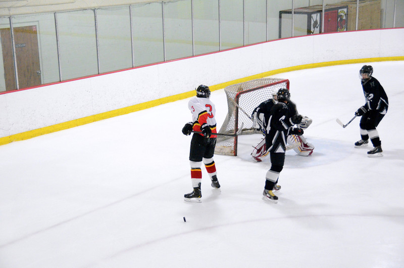 131009 Flames Hockey-031.JPG