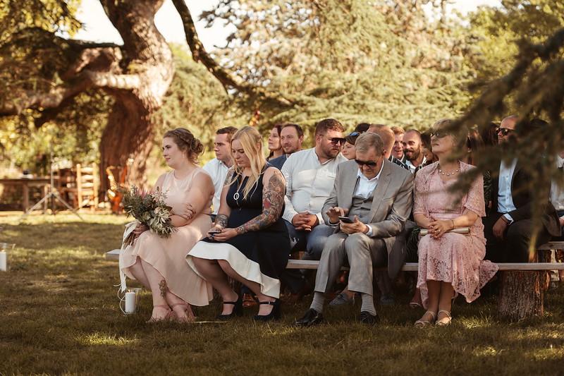 Awardweddings.fr_Rebecca and Rob_0358.jpg