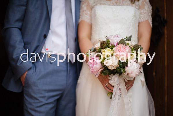Amy & James Roe Park Resort Wedding Photographer