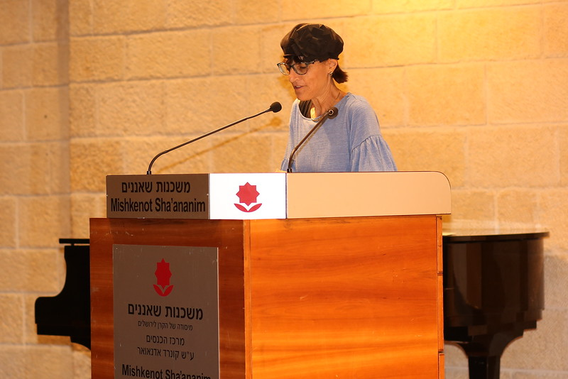 Deena (65).JPG