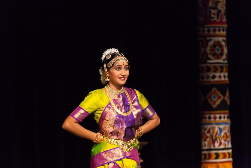 PriyaShreyaDance-0260.jpg