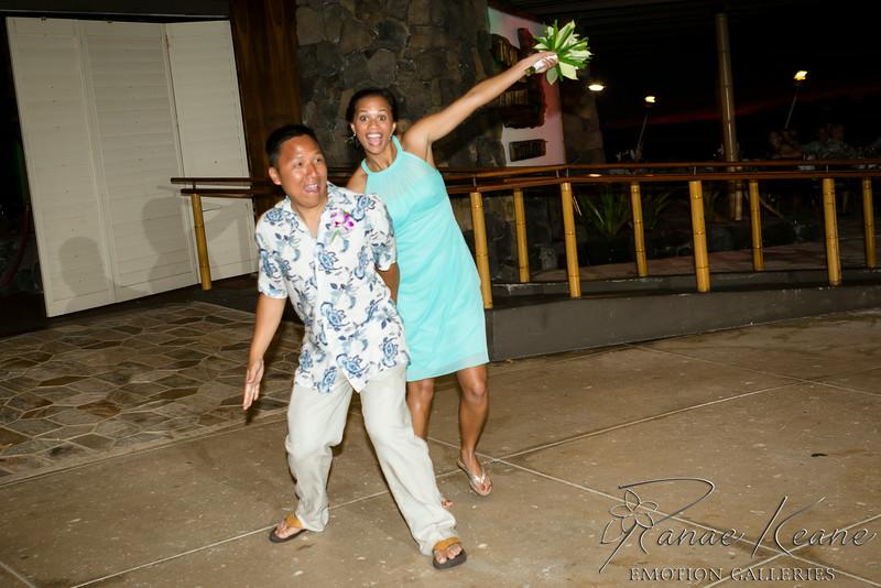 238__Hawaii_Destination_Wedding_Photographer_Ranae_Keane_www.EmotionGalleries.com__140705.jpg