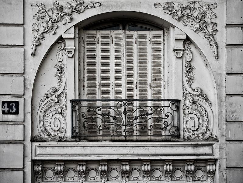 Île Saint-Louis window