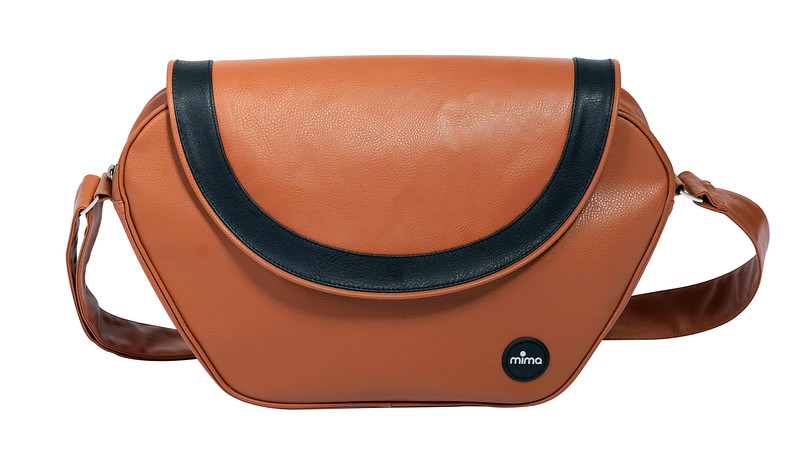 Mima_Accessories_Product_Shot_Change_Bag_Camel.jpg