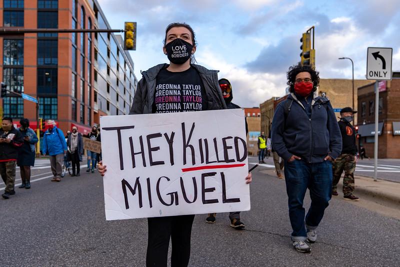 2020 10 14 MIRAC Protest DACA TPS DED Klobuchar Office-12.jpg