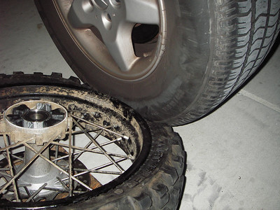 KTM 950 wheel