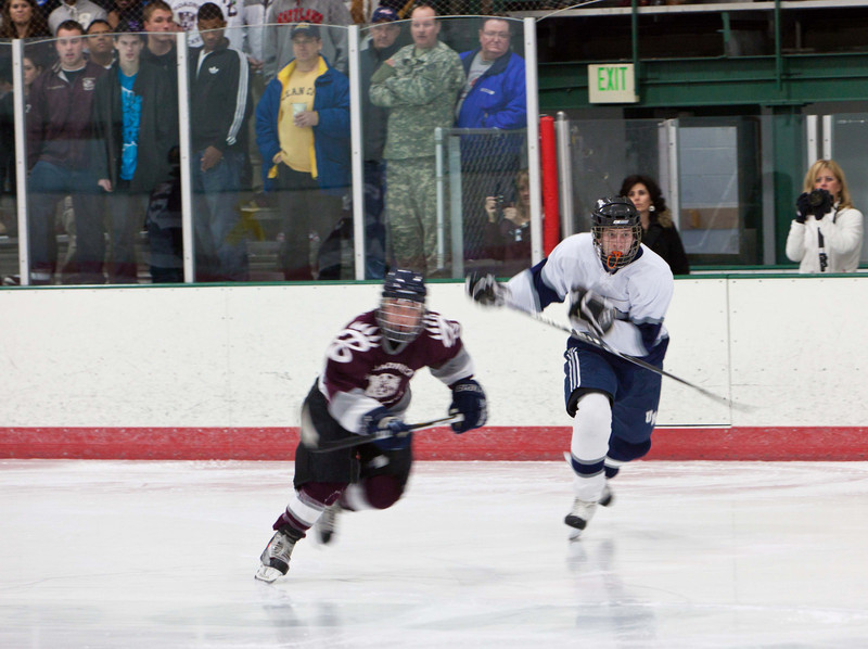 20110224_UHS_Hockey_Semi-Finals_2011_0164.jpg