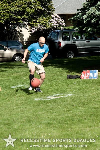 kickballspring2012TRNY-3.jpg
