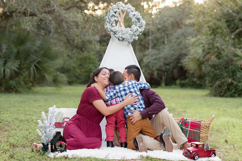 Ariza Family 2020-8.jpg