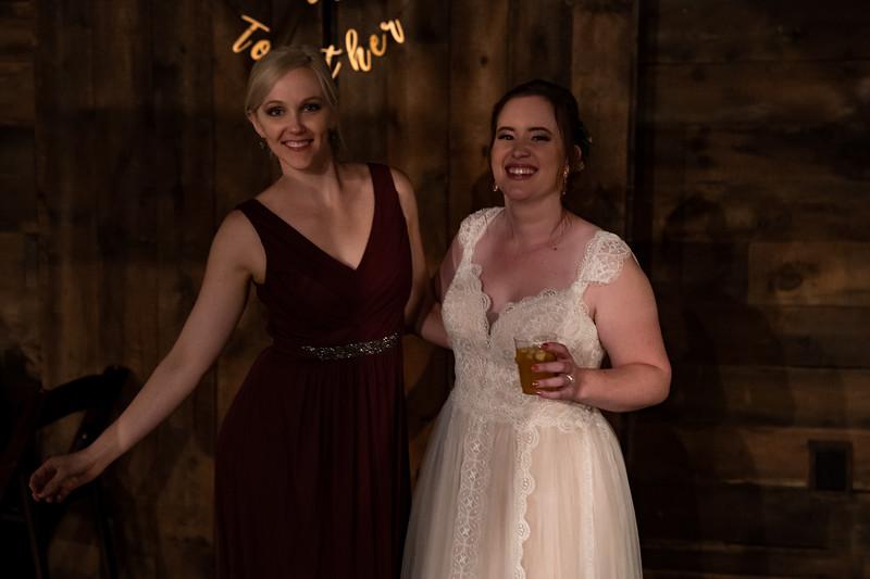 rustic_ohio__fall_barn_wedding-444.jpg