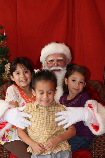 Santa Clause 27NOV2010-148.JPG