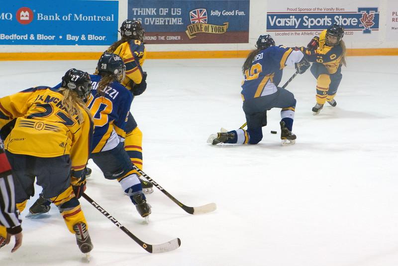 20130310 QWHockeyvsUBC 503.jpg