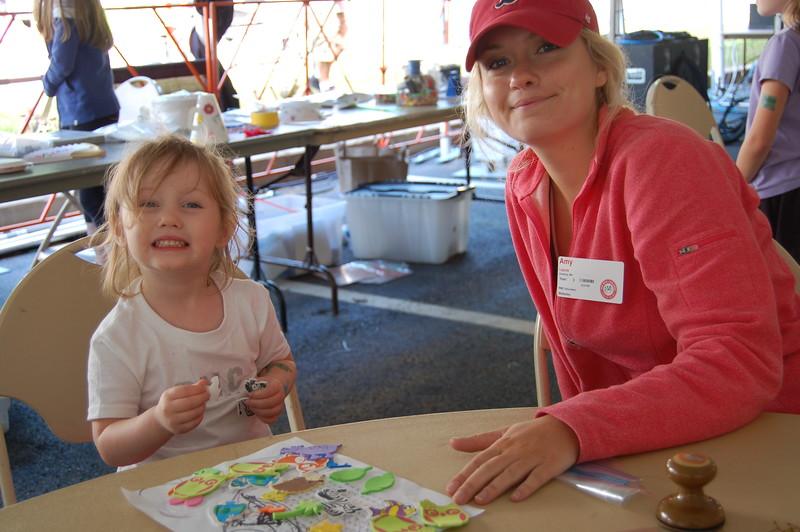 Sun-Wellesley-Volunteer-Kid-Station-CK0101.jpg