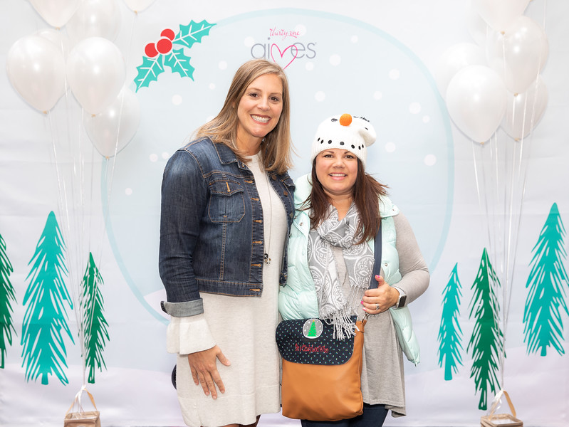 November 2018_Gives_Holiday Open House-5203.jpg