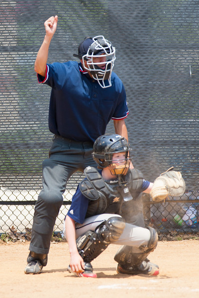2012 Arlington Little League Baseball, Majors Division. Nationals vs Twins (13 May 2012) (Image taken by Patrick R. Kane on 13 May 2012 with Canon EOS-1D Mark III at ISO 400, f4.0, 1/1250 sec and 280mm)