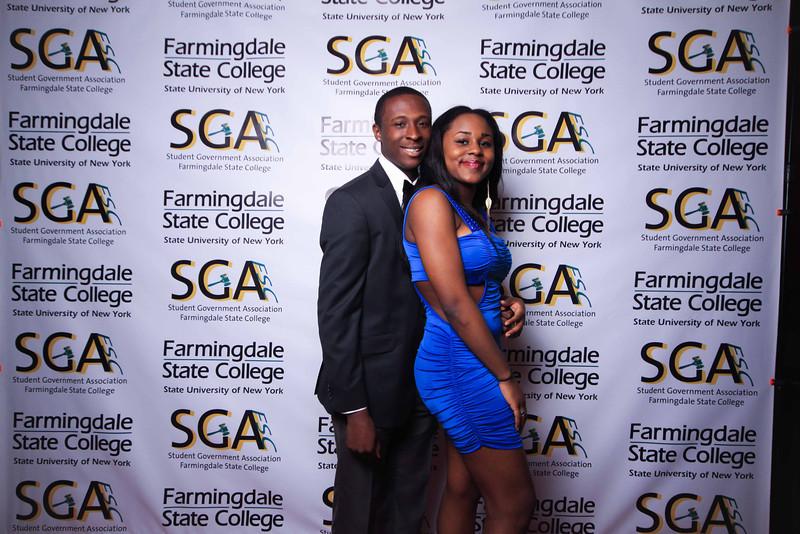 Farmingdale SGA-240.jpg