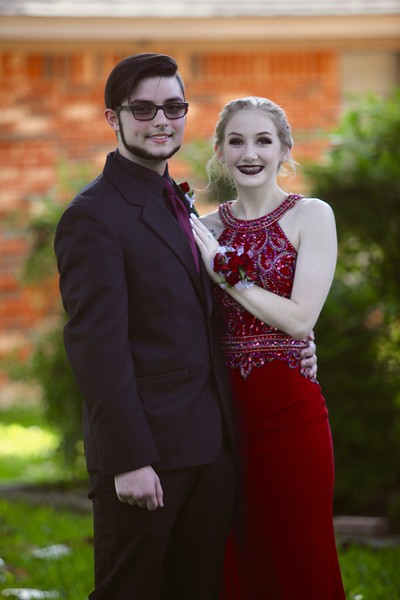 Lauren and Shelby Prom 2018