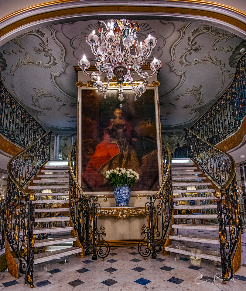 S.S. Maria Theresa, Uniworld