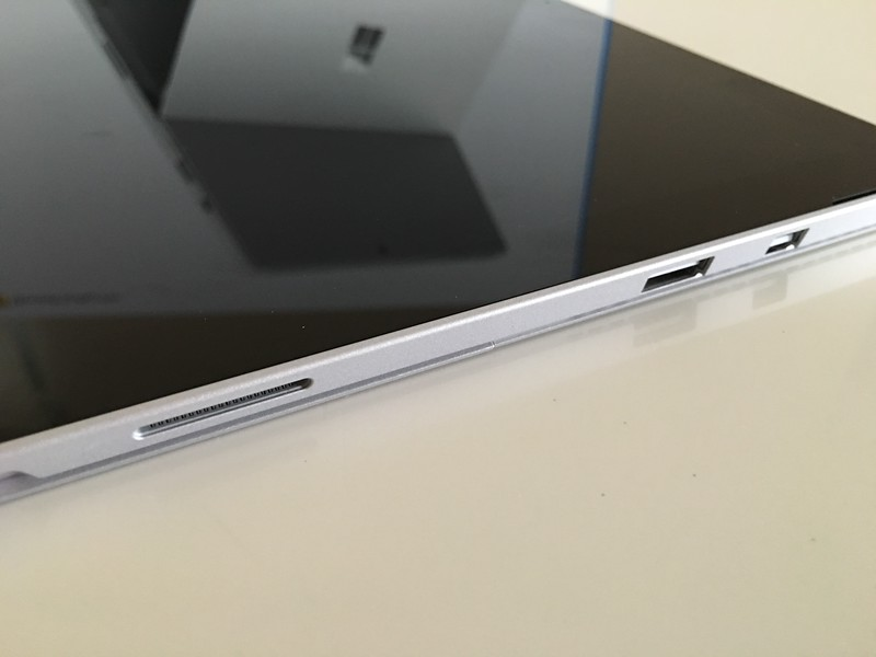 Microsoft Surface Pro 4 Connectivity