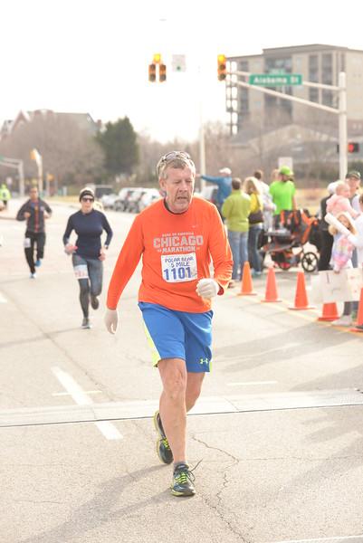 5 Mile & The Bear Finish Line