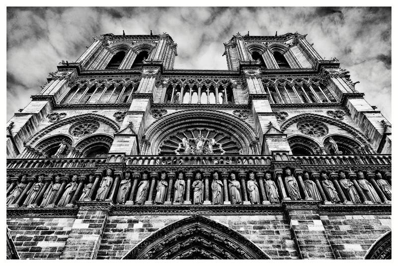 Notre Dame_20150219_0015 BW-.jpg