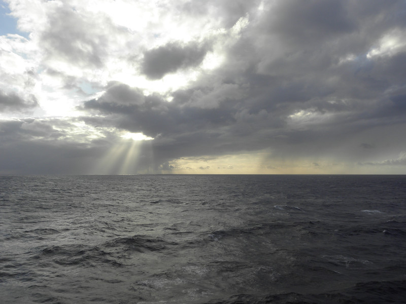 Rays of sun.JPG