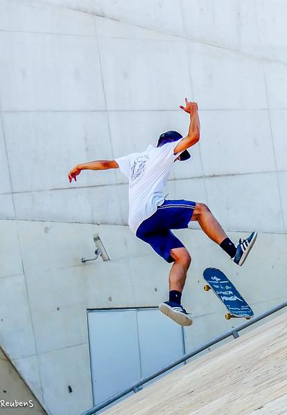 Young skateborder.jpg