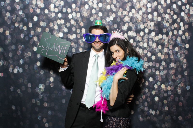 SavannahRyanWeddingPhotobooth-0036.jpg