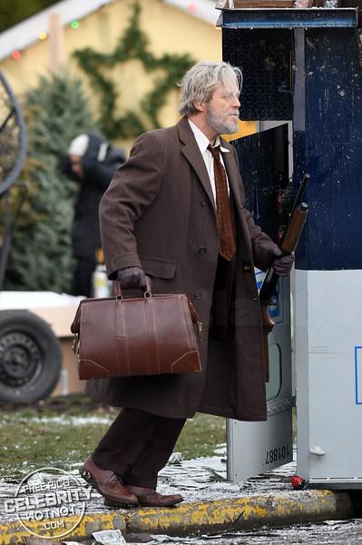 Put 'Em Up! Jeff Bridges & Nick Offerman Film 'Bad Times At The El Royale' in Agassiz, Canada